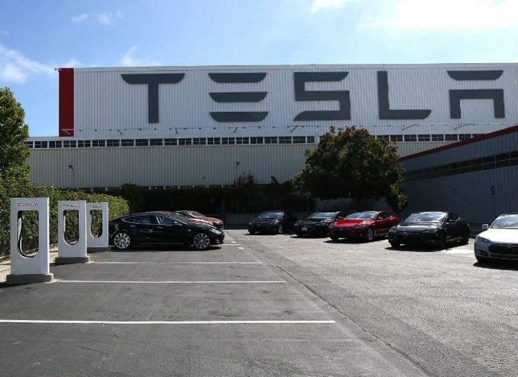 Xe ô tô điện chắc chắn không phải là điểm dừng cuối cùng của Tesla Motors.
