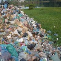 """""""Ô nhiễm trắng"""" do túi nilon gây ra cho môi trường"""
