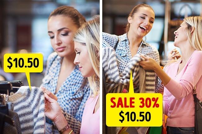 """Nhiều cửa hàng đã cố tình niêm yết, đẩy giá lên cao rồi sale """"khủng""""."""