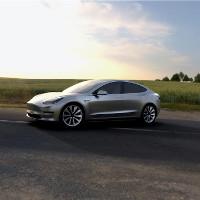 Tất cả những gì bạn cần biết về chiếc xe điện Tesla Model 3