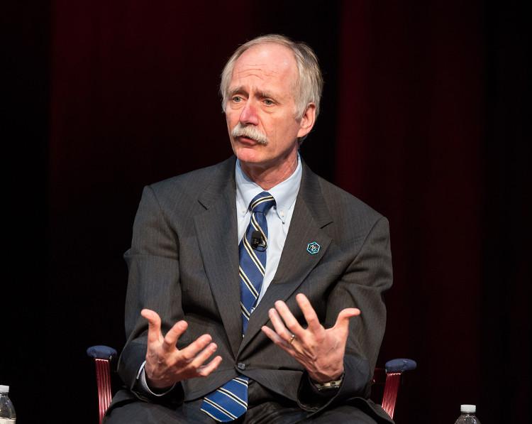 Ông Bill Gerstenmaier, giám đốc chương trình đưa con người thám hiểm không gian của NASA