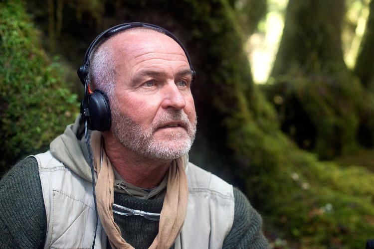 Nhà sinh vật học âm thanh Gordon Hempton