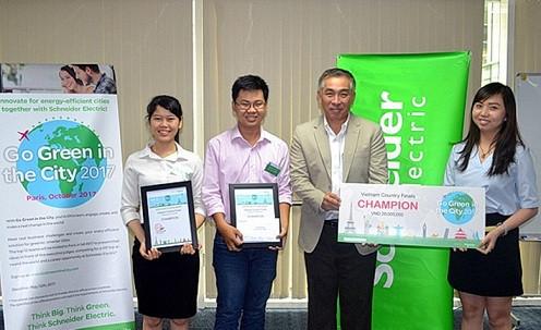 """Dự án """"Toilet mini generator"""" đã giành giải nhất tại Cuộc thi Go green in the city 2017."""