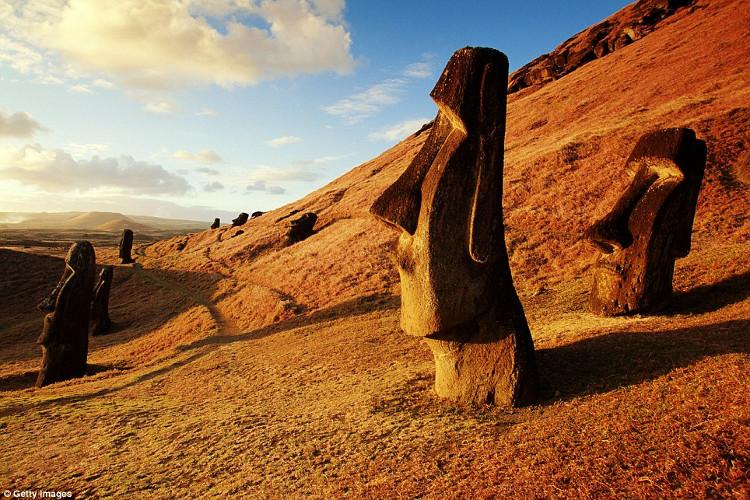 Người Rapa Nui cổ đã đến hòn đảo này vào năm 1200.