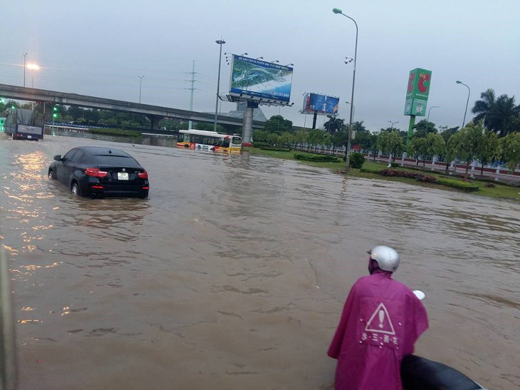 Ở Hà Nội, mưa chủ yếu vào chiều tối và đêm và rải rác có dông.