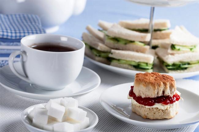 Một bữa tiệc trà chiều của Anh.