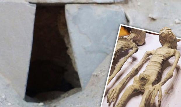 Lối vào khu hầm mộ được cho là nơi phát hiện 5 xác ướp nghi của người ngoài hành tinh.