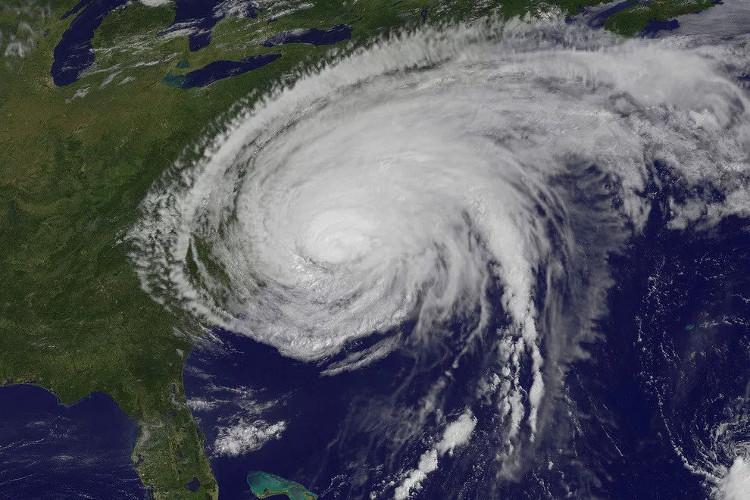 Một cơn bão hình thành ở Thái Bình Dương.