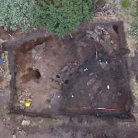Tìm thấy đồng xu Anglo Saxon 1.100 năm tuổi và nhà dài của người Pict