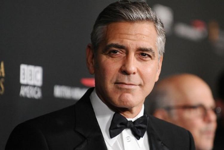 Nam diễn viên George Clooney sở hữu khuôn mặt đẹp nhất thế giới.
