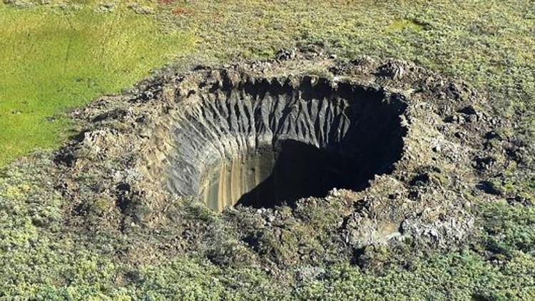 Hố tử thần càng khiến cho tình trạng nóng lên của Trái đất trầm trọng hơn.