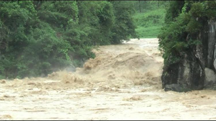 Lũ quét thường gây họa cho các sông nhỏ và vừa nhưng ít đối với sông lớn.