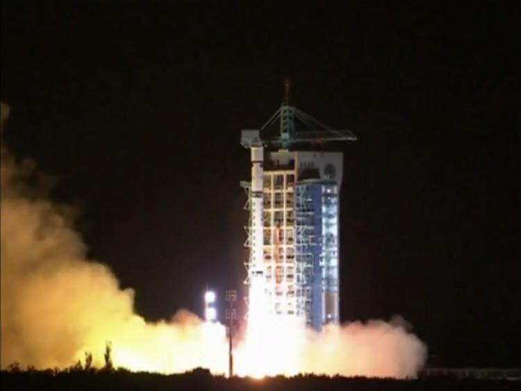 Trung Quốc phóng vệ tinh lượng tử.