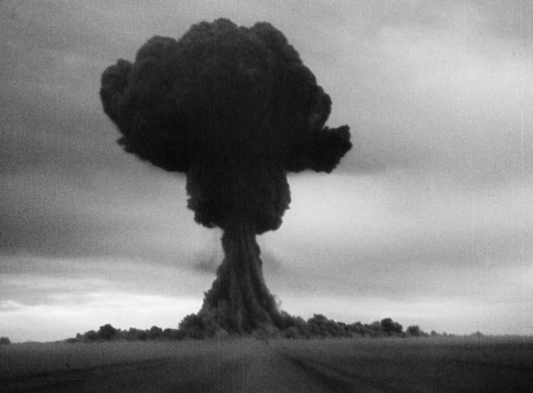 """Vụ thử nghiệm bom hạt nhân thành công đầu tiên Liên Xô, mật danh """"First Lightning"""","""