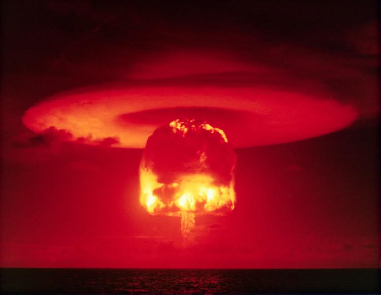 """Vụ thử hạt nhân mật danh """"Castle"""" của Mỹ tại Bikini Atoll năm 1954."""