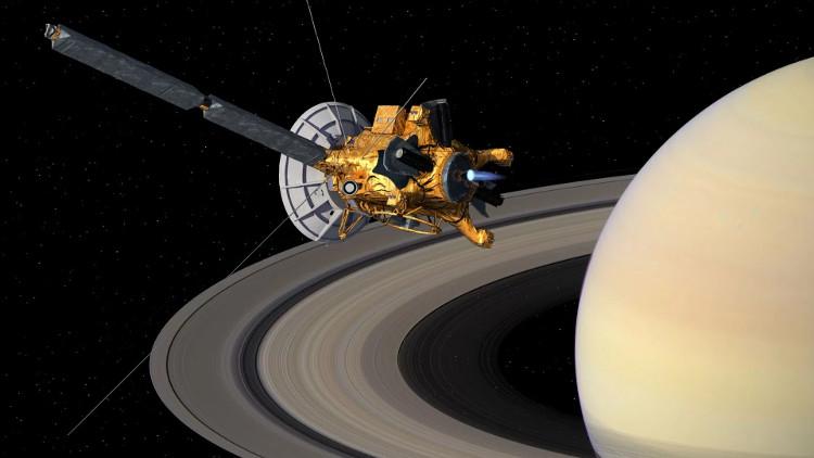 Tàu Cassini sắp bay quanh sao Thổ lần cuối.