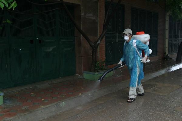 Phải xử lý ổ dịch sốt xuất huyết Dengue nhanh trong vòng 48 giờ sau khi xác định ổ dịch.