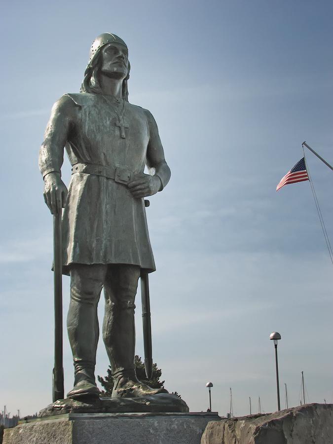 Tượng của Leif Erikson, ở cảng Seattle, Mỹ