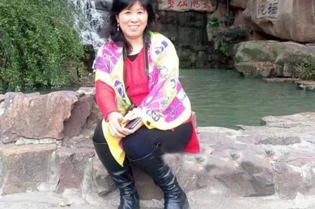 Bà Zhan Wenlian.
