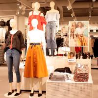 """Mánh khóe của cửa hàng thời trang khiến bạn """"xuống tiền"""" không tiếc tay"""