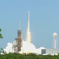 SpaceX phóng tàu vũ trụ mang 2,9 tấn hàng lên ISS