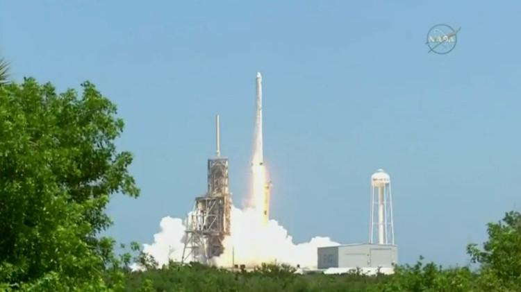 Đây là chuyến bay cuối của tàu Dragon được SpaceX phát triển theo hợp đồng ký năm 2008 với NASA.