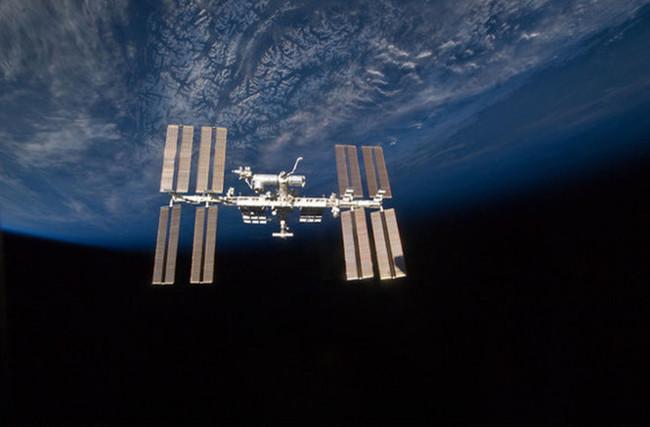 Môi trường vi trọng lực trên Trạm ISS là điều kiện tốt nhất để thí nghiệm tinh thể LRRK2.