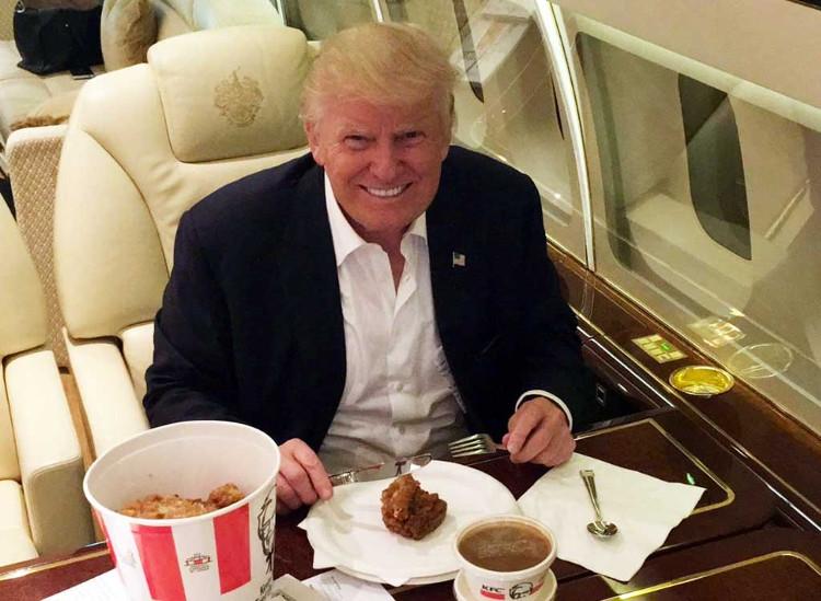Ông Trump rất thích thức ăn nhanh.