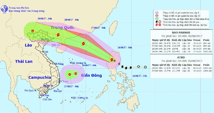 Vị trí và đường đi của bão Pakhar cùng áp thấp nhiệt đới.