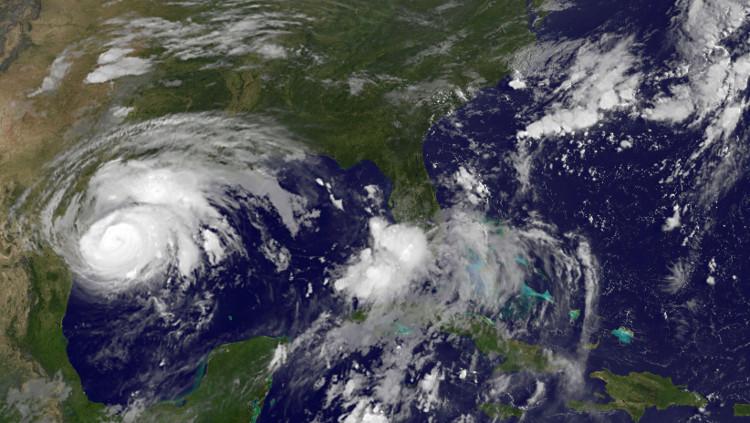 Đây là cơn bão mạnh nhất Mỹ phải hứng chịu trong 12 năm qua.