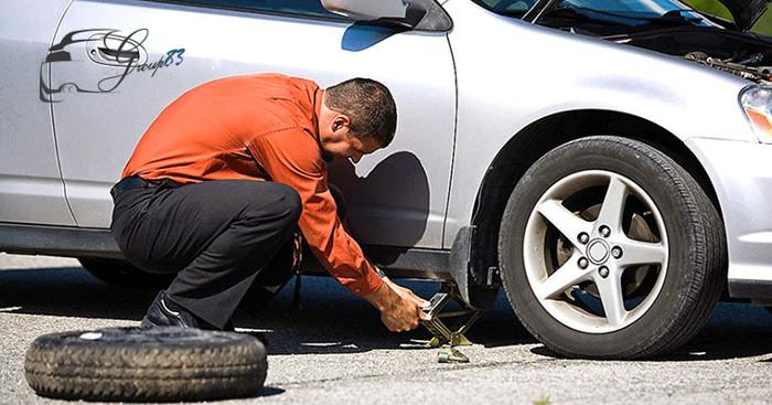 """Đôi khi ứng viên sẽ phải trải qua """"bài test"""" đầy cam go là... kiểm tra xe ô tô."""