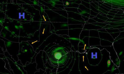 Hai khối áp cao ở xung quanh khiến bão Harvey bị giam chân trong khu vực bờ biển Texas.