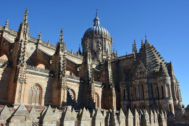 Nhà thờ Catedral Nueva.