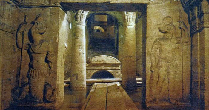 Kom el Shoqafa được mệnh danh là một trong 7 kỳ quan thời Trung cổ.