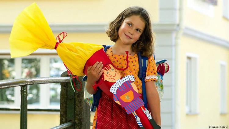 Trẻ em Đức trong ngày khai trường