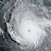 Siêu bão Irma, mạnh nhất trong 30 năm, sắp tấn công nước Mỹ