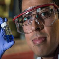 Phân tử nano diệt tế bào ung thư bằng cách... đục lỗ
