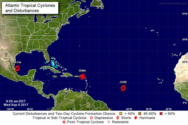 3 siêu bão trên Đại Tây Dương.