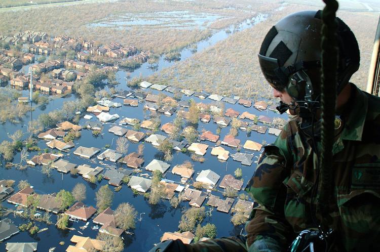 Bão Katrina, 2005