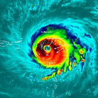 """Hiệu ứng sân vận động trong mắt bão """"quái vật"""" Irma"""