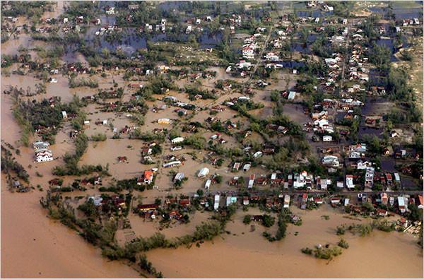 Hậu quả bão số 9 tại Đà Nẵng.