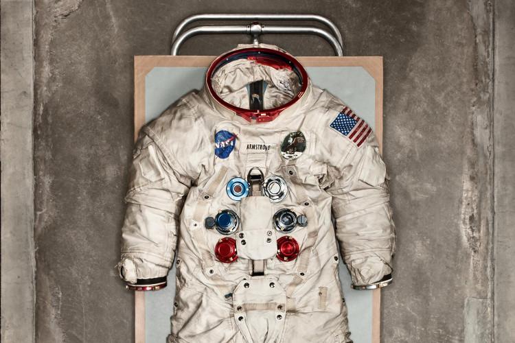A7L là bộ đồ tụ hội đủ mọi tinh hoa công nghệ thời bấy giờ.