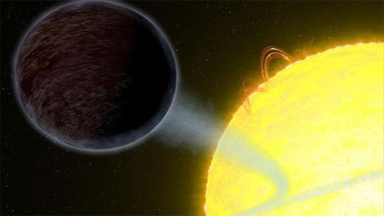 WASP-12b hấp thụ phần lớn ánh sáng chiếu xuống bề mặt.