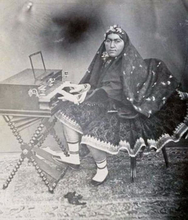 Anis al-Doleh - tuyệt sắc giai nhân của Shah Nasser.