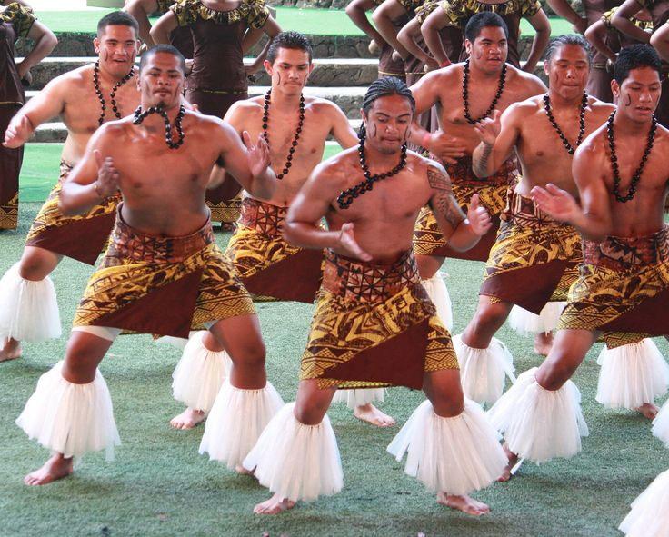 Để không bị quy kết là phạm tội, một số ông chồng ở Samoa đã xăm ngày sinh của vợ lên cánh tay.