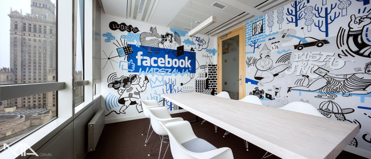 Facebook: Vừa làm việc vừa mát xa, được nhận trợ cấp đông lạnh trứng