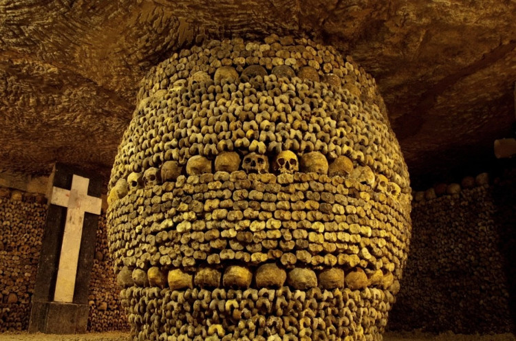 Đã có nhiều người bị lạc đi vào hầm mộ này.
