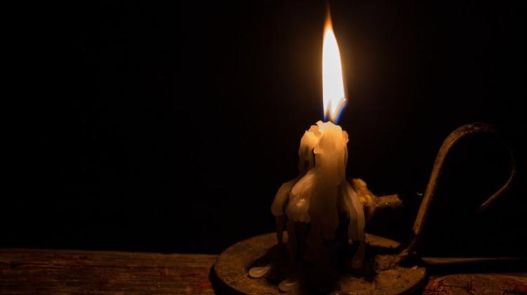 """""""Hiệu ứng sợi bấc"""" là một cách giải thích hợp lý cho hiện tượng người tự bốc cháy"""