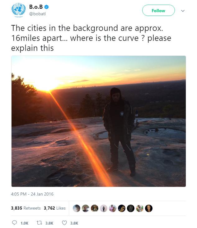 Bài đăng trên Twitter của B.o.B hồi năm ngoái.