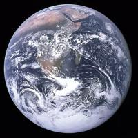 Rapper gọi vốn 1 triệu USD phóng vệ tinh để chứng minh Trái đất này là phẳng